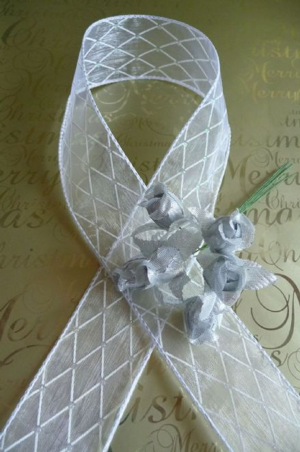 Luxury wire edge white sheer ribbon 38mm silver diamond effect pattern ideal for weddings, Christmas, Christenings etc
